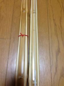 2週間使用した竹刀とアブラを与えた竹刀