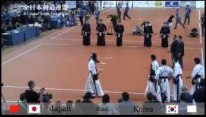 YouTube全日本剣道連盟より15WKC決勝戦の1シーン
